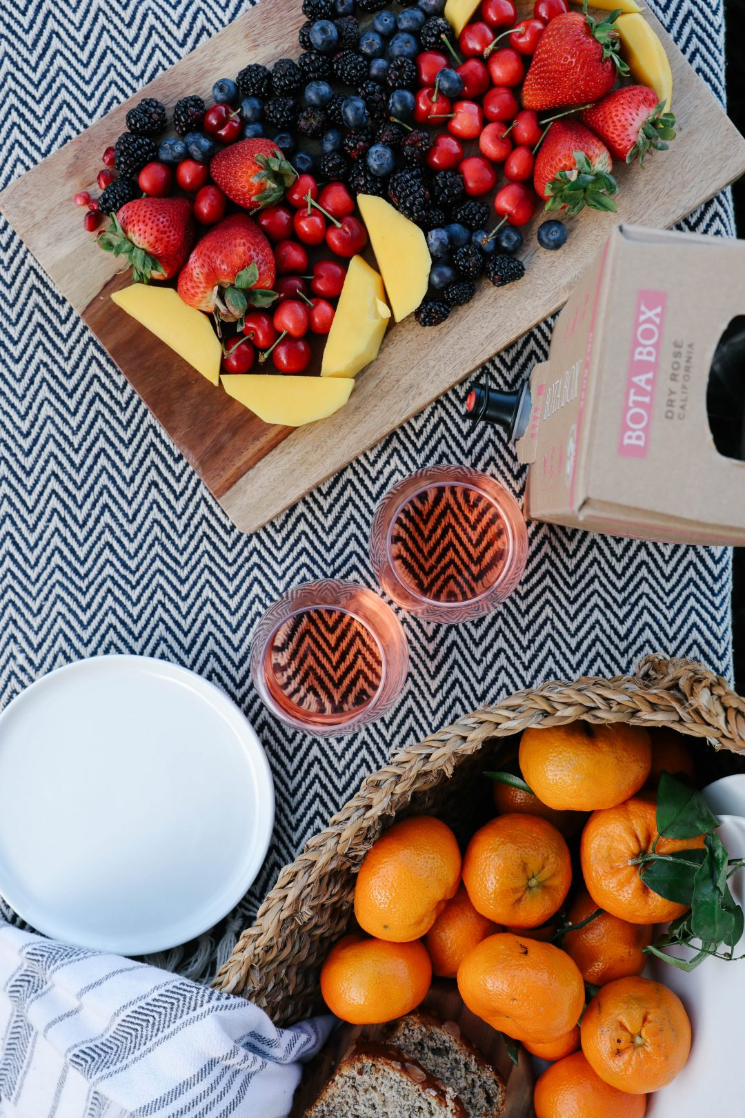 An Outdoor Brunch Picnic with Bota Box.
