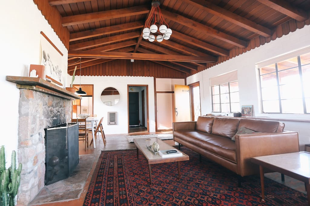 My Airbnb Wishlist // Joshua Tree, California.